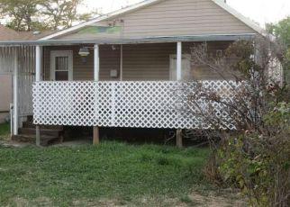 Casa en ejecución hipotecaria in Laurel, MT, 59044,  ELM AVE ID: F4300869