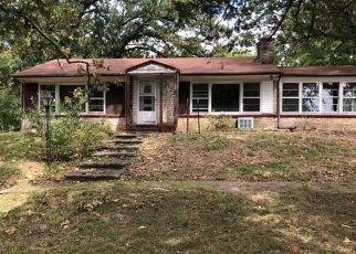 Foreclosed Home en N SPRING ST, Steelville, MO - 65565