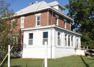 Casa en ejecución hipotecaria in Moniteau Condado, MO ID: F4300996