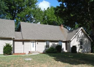 Casa en ejecución hipotecaria in Lexington, MO, 64067,  GOLF RD ID: F4301048