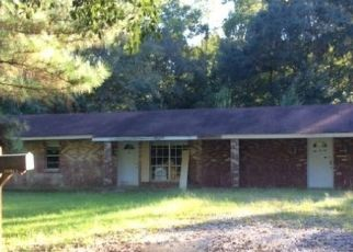 Foreclosed Home in ROSE BUSH LN, Fayette, MS - 39069
