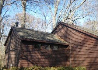 Foreclosed Home in OAKHURST AVE, Clarksdale, MS - 38614