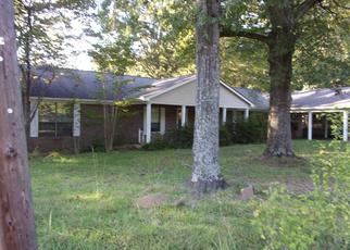 Foreclosed Home in SARDIS LAKE DR, Batesville, MS - 38606