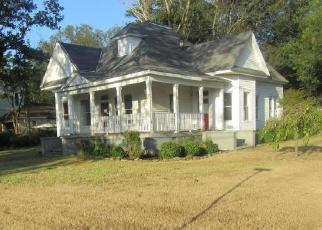 Foreclosed Home in SYCAMORE ST, Como, MS - 38619