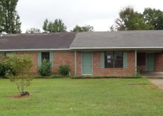 Foreclosed Home in BELLE CIR, Columbus, MS - 39702
