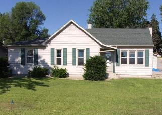 Foreclosed Home en S OAK ST, La Crescent, MN - 55947