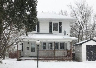 Foreclosed Home en W 5TH ST, Duluth, MN - 55806