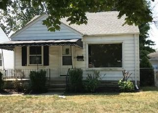 Foreclosed Home in WOODLAND ST, Harper Woods, MI - 48225
