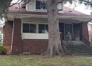Foreclosed Home en S PARK AVE, Eastpointe, MI - 48021