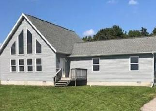 Foreclosed Home en E BROOMFIELD RD, Mount Pleasant, MI - 48858