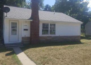Foreclosed Home en CROSSLANES ST, Mount Pleasant, MI - 48858