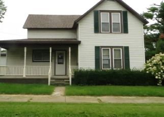 Foreclosed Home in S 5TH ST, Marshalltown, IA - 50158