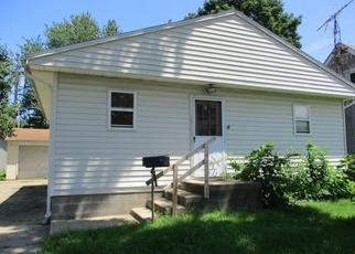 Foreclosed Home in CATHERINE ST, Pekin, IL - 61554