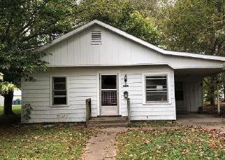 Foreclosed Home in LINDELL AVE, Murphysboro, IL - 62966