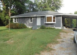 Foreclosed Home in S THORNGATE DR, Granite City, IL - 62040