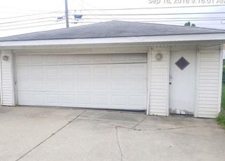Foreclosed Home in CALHOUN AVE, Calumet City, IL - 60409