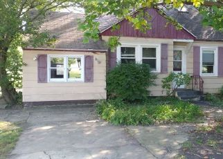 Foreclosed Home in S CEDAR RD, New Lenox, IL - 60451