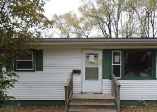 Foreclosed Home in BARRY AVE, Lockport, IL - 60441