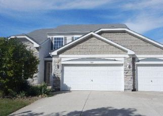 Foreclosed Home in SCHUMACHER DR, Bolingbrook, IL - 60490