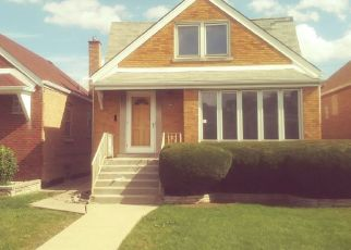 Foreclosed Home en S KENNETH AVE, Chicago, IL - 60629