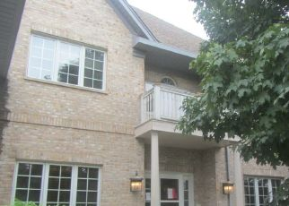 Foreclosed Home in REDTAIL DR, Crystal Lake, IL - 60014