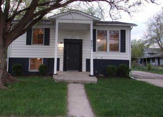 Foreclosed Home en ANDOVER DR, Richton Park, IL - 60471