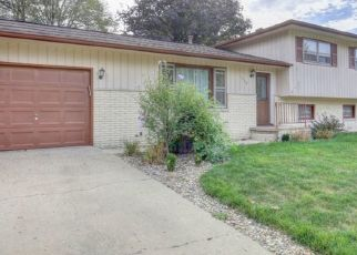 Foreclosed Home in ELIZABETH ST, Urbana, IL - 61802