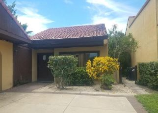 Foreclosed Home en NE 10TH COURT RD, Miami, FL - 33179
