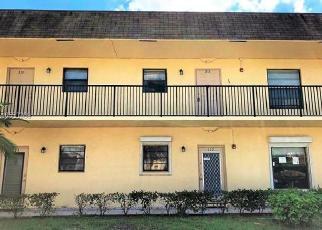 Foreclosed Home in BRIARWOOD CIR, Hollywood, FL - 33024
