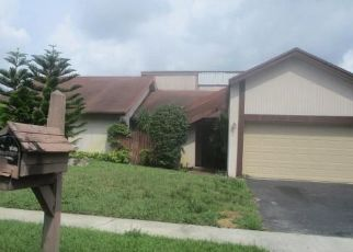 Foreclosed Home en NW 45TH ST, Fort Lauderdale, FL - 33319