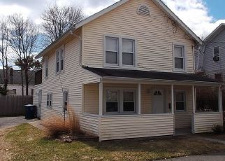 Foreclosed Home en ARTHUR ST, Bridgeport, CT - 06605