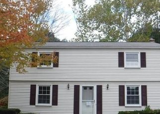 Foreclosed Home en HUMMINGBIRD LN, Enfield, CT - 06082