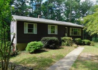 Foreclosed Home en BRAINARD RD, Colchester, CT - 06415