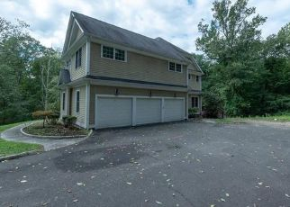 Foreclosed Home in OLD ROCK LN, Norwalk, CT - 06850