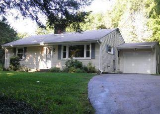 Casa en ejecución hipotecaria in Ashford, CT, 06278,  WESTFORD RD ID: F4302532