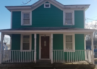 Foreclosed Home in EXETER ST, Bridgeport, CT - 06606