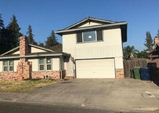 Foreclosed Home en PEDRAS RD, Turlock, CA - 95382