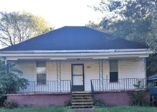 Foreclosed Home in CHURCH ST NW, Decatur, AL - 35601