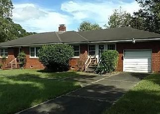 Foreclosed Home en SEITTER ST, Georgetown, SC - 29440