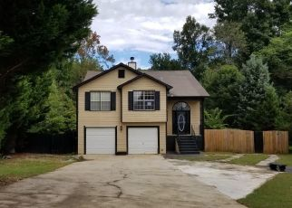 Foreclosed Home in MEADOWVIEW RD, Rex, GA - 30273