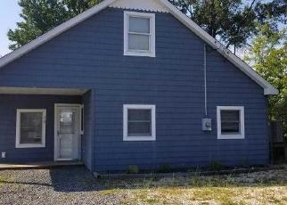 Foreclosed Home in N CAPTAINS DR, Tuckerton, NJ - 08087
