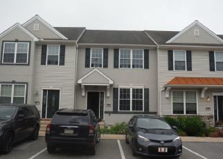 Foreclosed Home en SCHULTZ WAY, York, PA - 17402