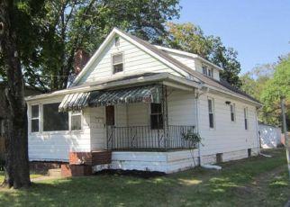 Foreclosed Home in E GIBBSBORO RD, Clementon, NJ - 08021