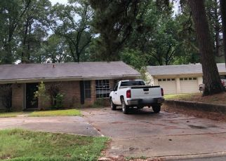 Foreclosed Home in GARFIELD DR, Shreveport, LA - 71118