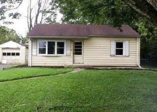 Foreclosed Home en HUDEPOHL LN, Cincinnati, OH - 45231