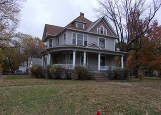 Foreclosed Home in W MAGNOLIA ST, Independence, KS - 67301