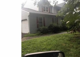Foreclosed Home en PINE DR, Pottstown, PA - 19465