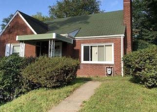 Foreclosed Home en MONROEVILLE RD, Monroeville, PA - 15146