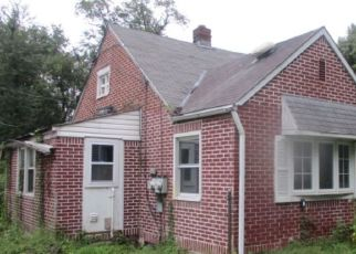 Foreclosed Home en PACIFIC AVE, Bristol, PA - 19007
