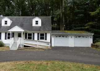 Foreclosed Home en BYERS RD, Ottsville, PA - 18942